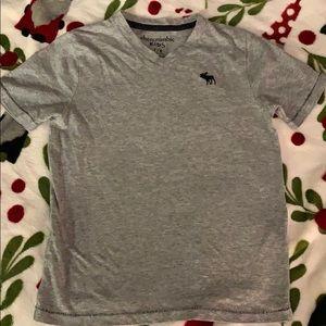 Little boys Abercrombie v neck T-shirt